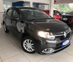 Renault - Logan  Expression 1.6  2013/2014